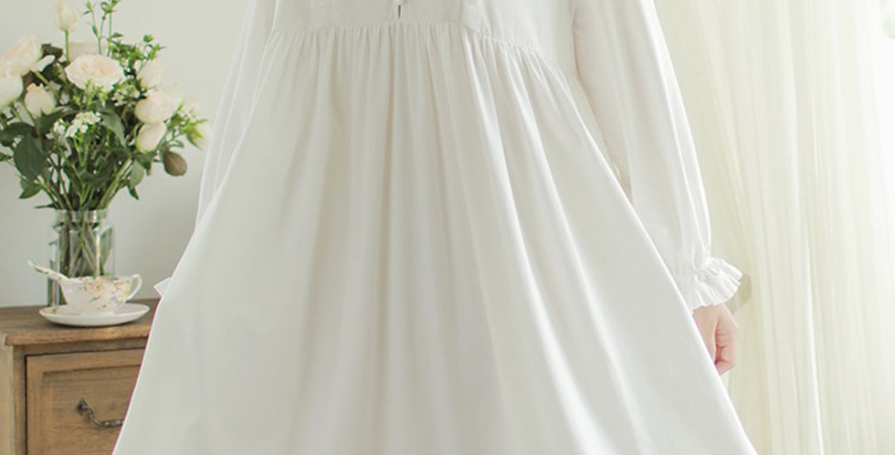 White Cotton Vintage Nightgown,Gift for Her Beautiful Cotton Nightwear For Women
