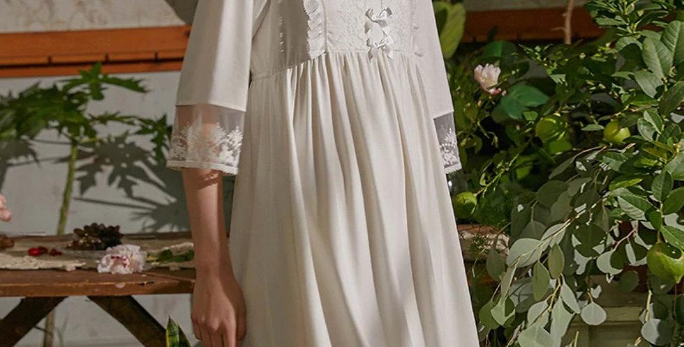 Vintage Women's Nightwear, Long Victorian Vintage Cotton White Women's Nightgown