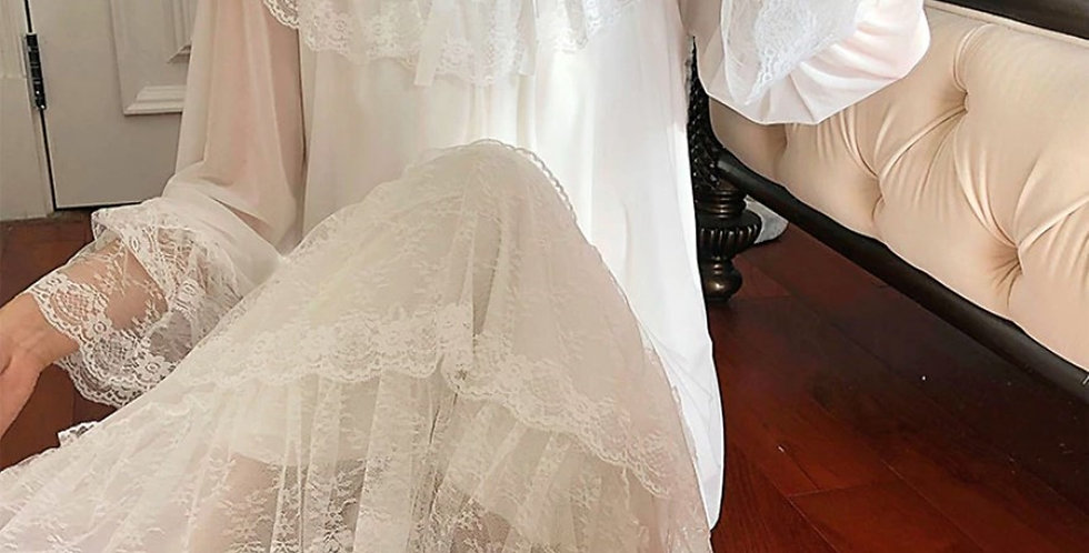 White Vintage Victorian Nightgown,Chemise Soft Edwardian Nightgown,Hospital Gown