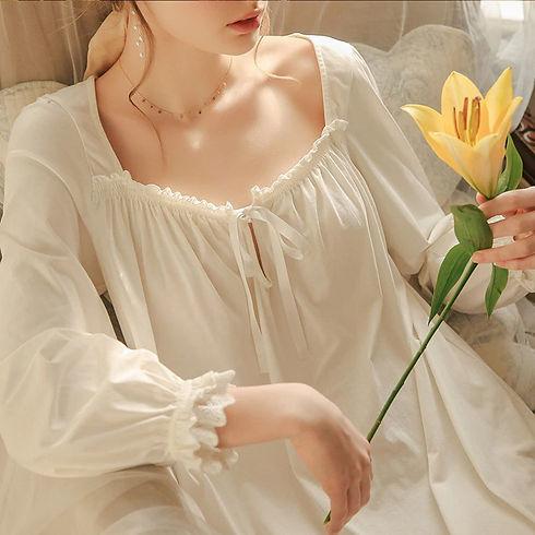 white-nightgown-sleepwear-lady-spring-au
