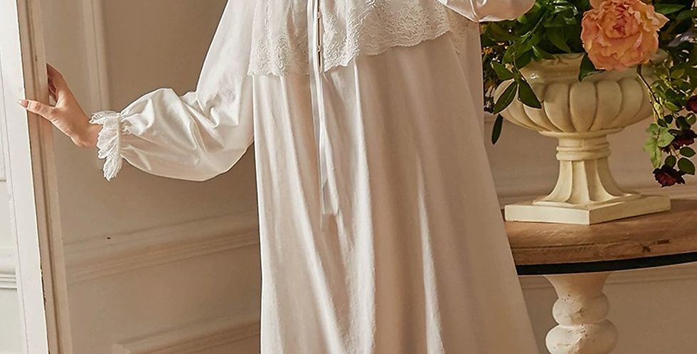 Vintage Victorian White Cotton Nightgown For women,Chemise Gothic Nightgown