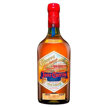 Tequila Jose Cuervo Reserva de la Familia 750ml