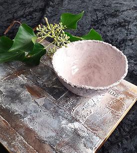 uiteigenatelier.com houtkunst keramiek