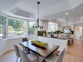 Kitchen & Living Area