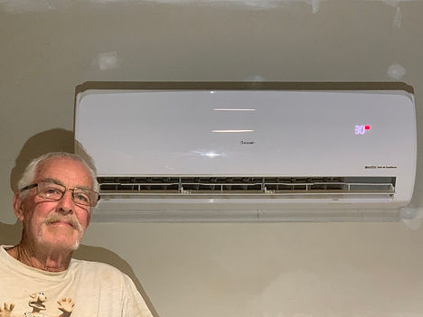 Solar Air Con Review