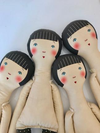 The cloth girls