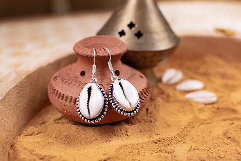 Cowrie earring