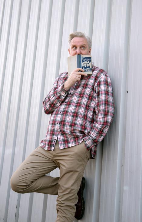 Tony Walsh (Longfella)