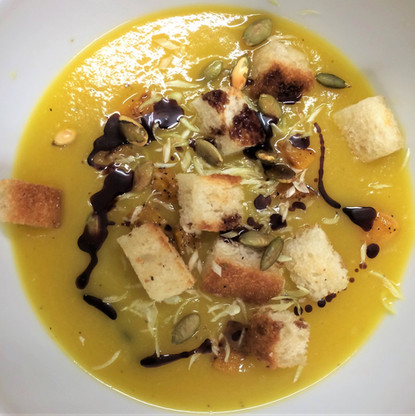 pumpkin and ginger soup with crouton
