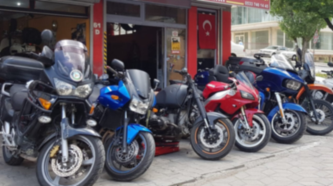 Motosiklet Tamir, Bakım, Servis, Motsiklet Aküsü, Motosiklet Lastik Tamiri Balansı, Motsiklert Balatası, Subap ayarı, Motul Motosiklet Yağı, Amortisör Tamiri, Senkron Ayarı, Zincir Dşli Seti