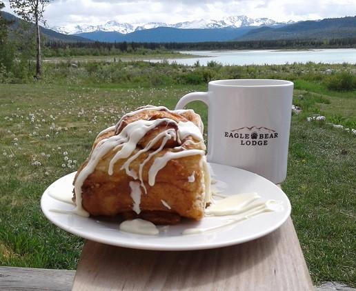Cinnamon Bun at Eagle Bear Lodge
