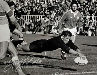 Michael-Jones-1st-try--NZ-Herald.jpg