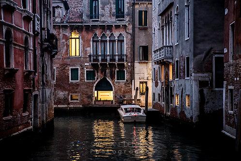 Venise, la nuit.
