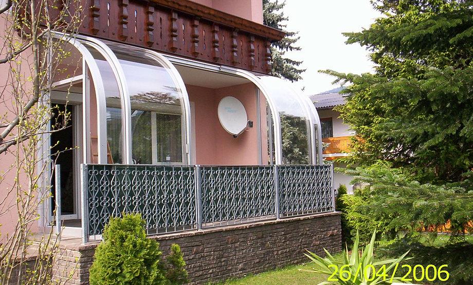 abri balcon. Black Bedroom Furniture Sets. Home Design Ideas
