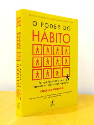 """Tudo começa com o livro """"O Poder do Hábito"""" de Charles Duhigg"""