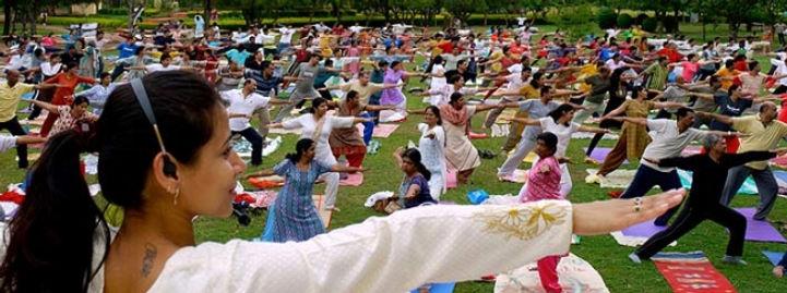 Art of Living Sri Sri Yoga.jpeg