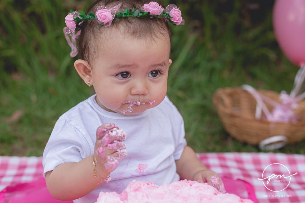 Yuna Smash the cake-37.jpg