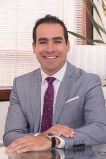 Dr Julio Voget-31.jpg