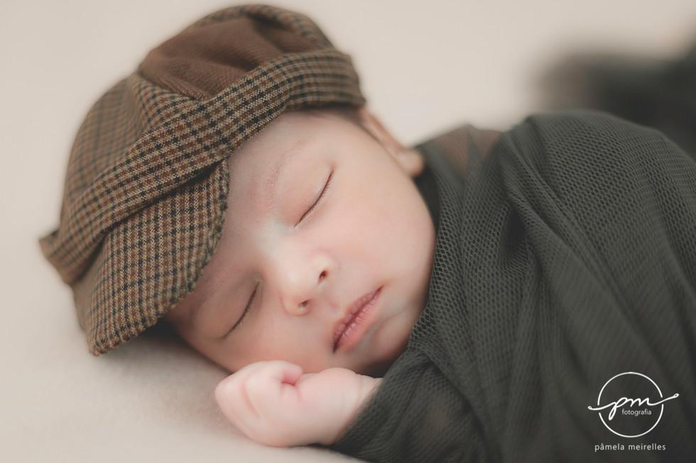 Newborn Gustavo-6.jpg