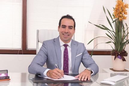 Dr Julio Voget-33.jpg