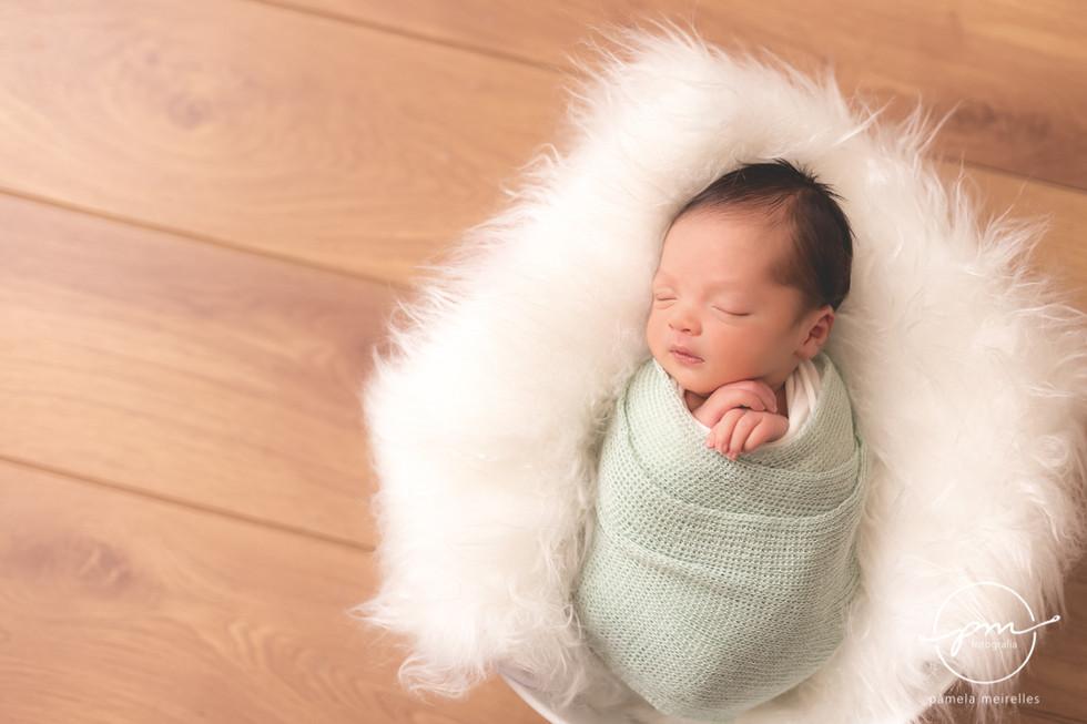 Newborn Davi-2.jpg