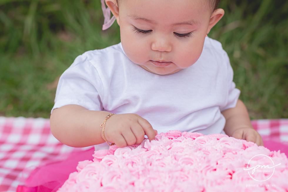 Yuna Smash the cake-23.jpg