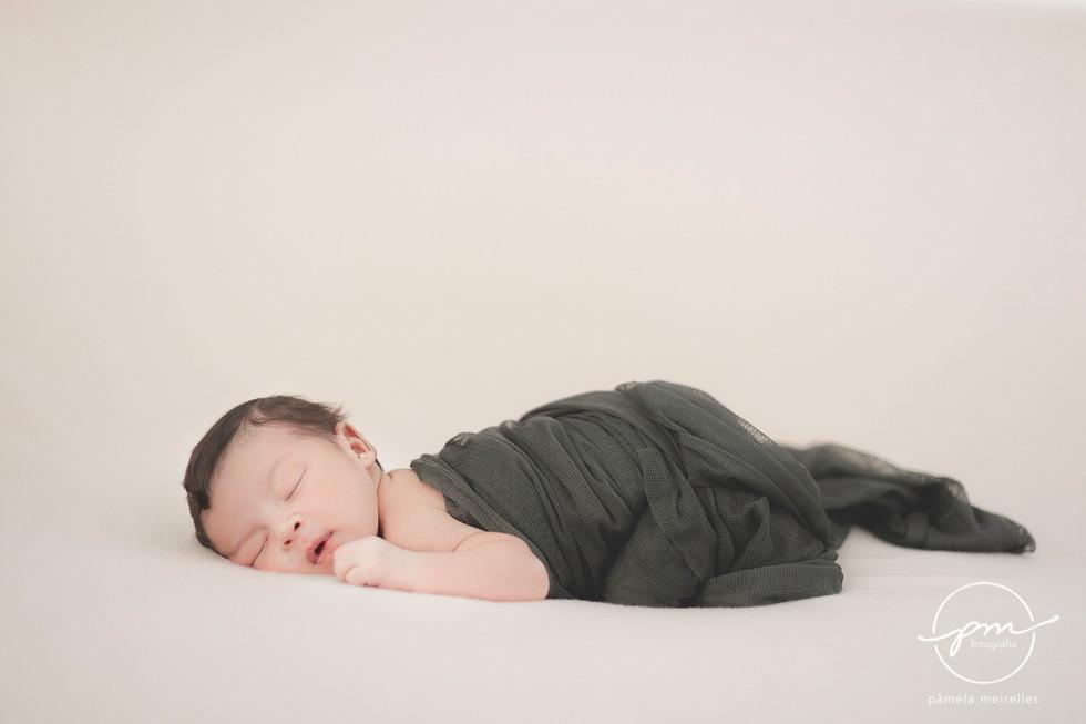 Newborn Gustavo-9.jpg