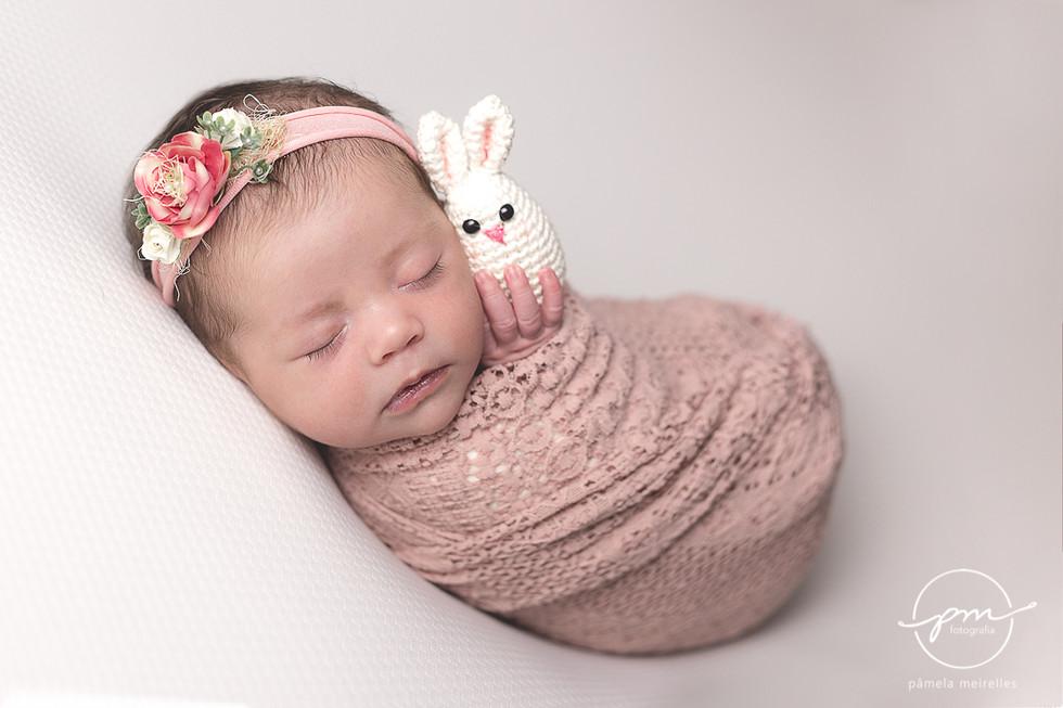 Newborn Livia-7.jpg
