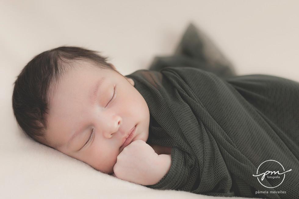 Newborn Gustavo-1.jpg