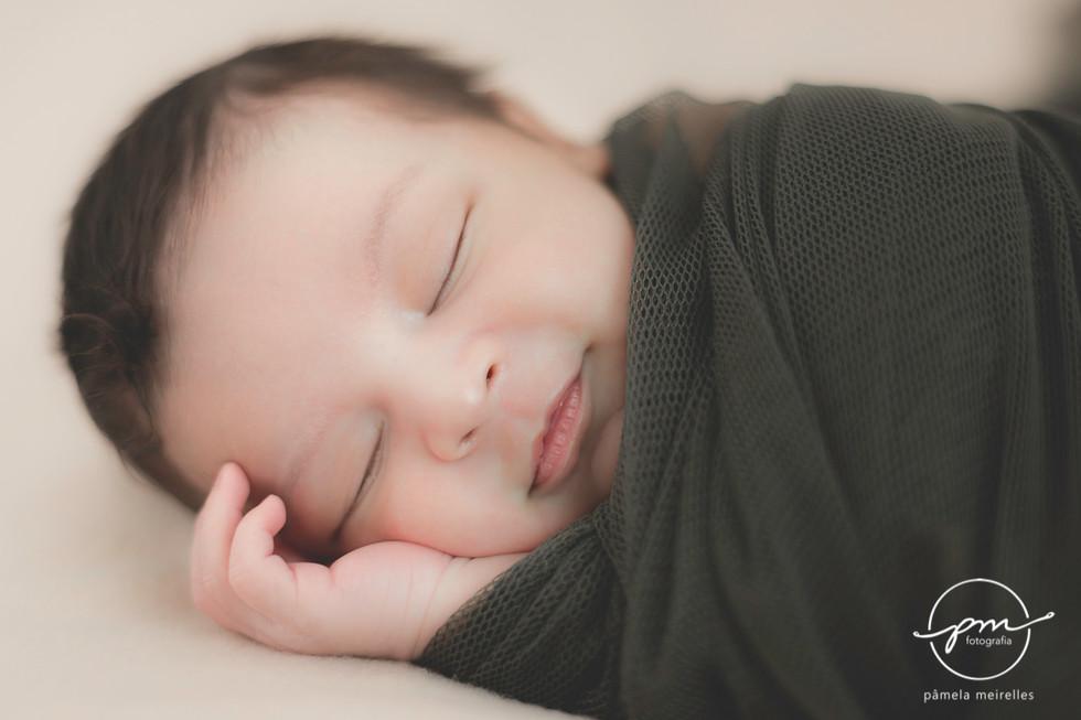 Newborn Gustavo-4.jpg