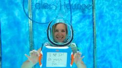 i-love-clear-lounge-underwater-oxygen-ba