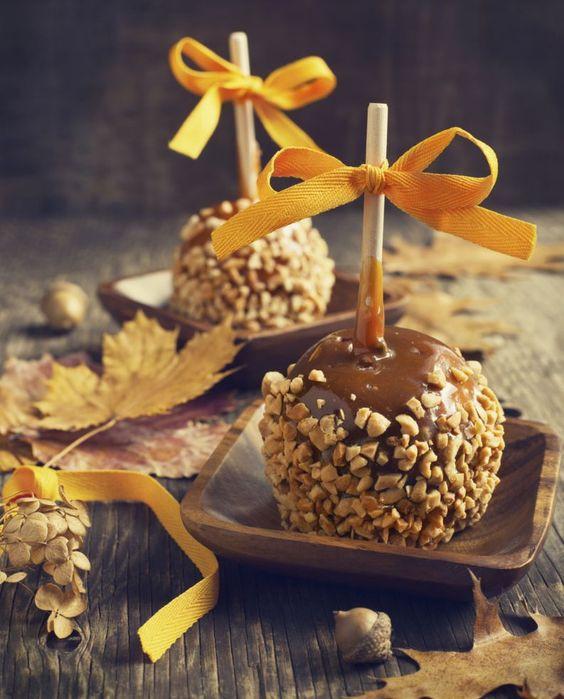 Maçã de chocolate e castanhas