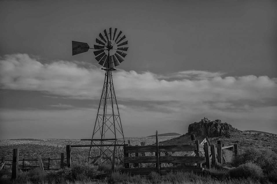 Winnemucca-windmill-1024x683.jpg