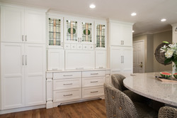 Antique White/Iron Gate Kitchen
