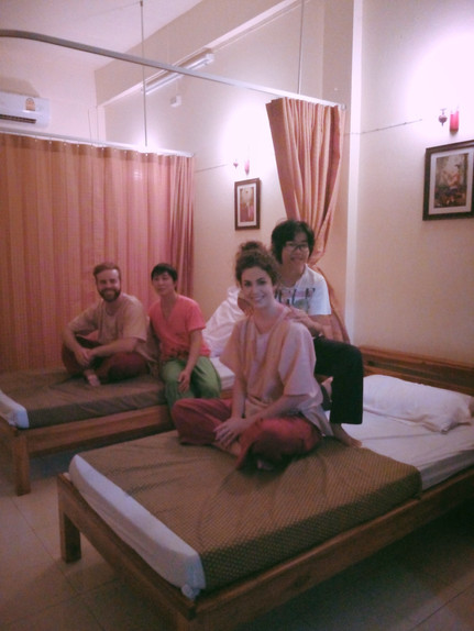 That one Christmas day that we got REAL Thai Massages.
