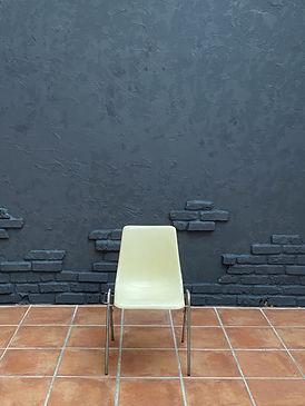 グレー壁.jpg
