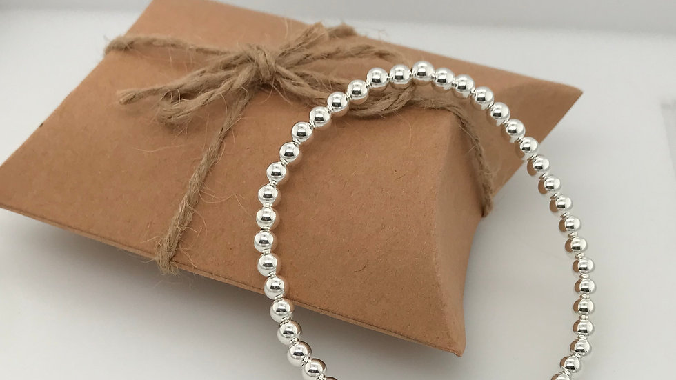 FJ Jewellery Magnesite Bead Bracelet