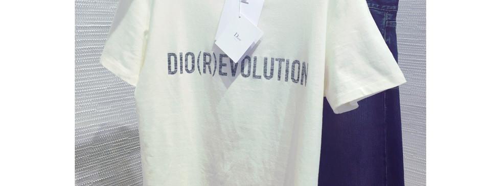 Dior t-shirt