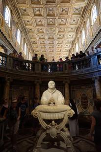 ... hier beten die Päpste vor ihren Reisen