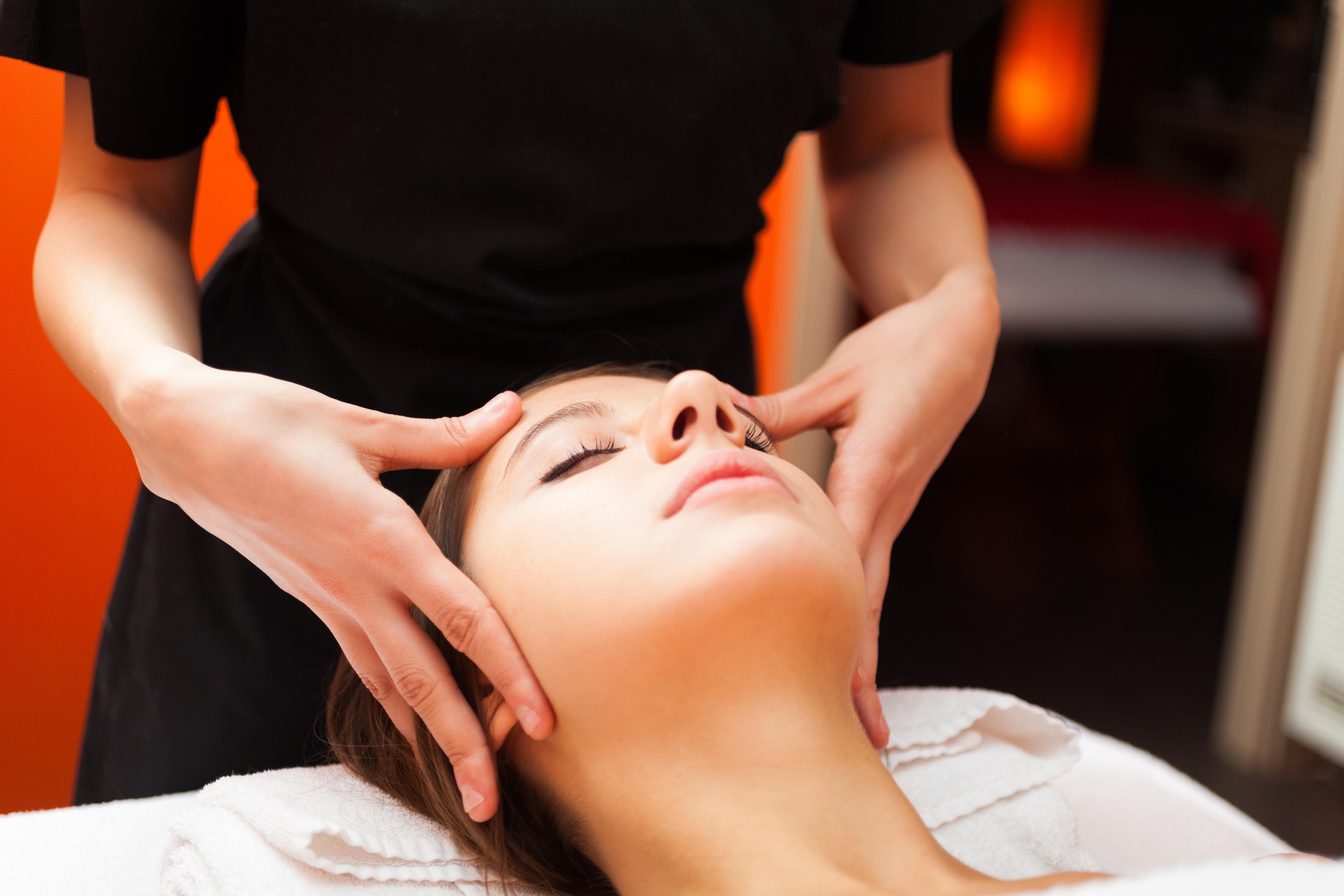 Swedish Massage Full Body Therapy