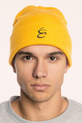 BEANIE BLACK ON YELLOW
