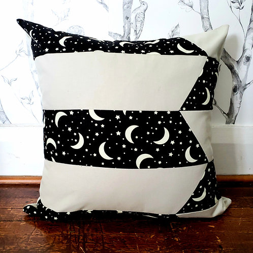 Moonsie Cushion