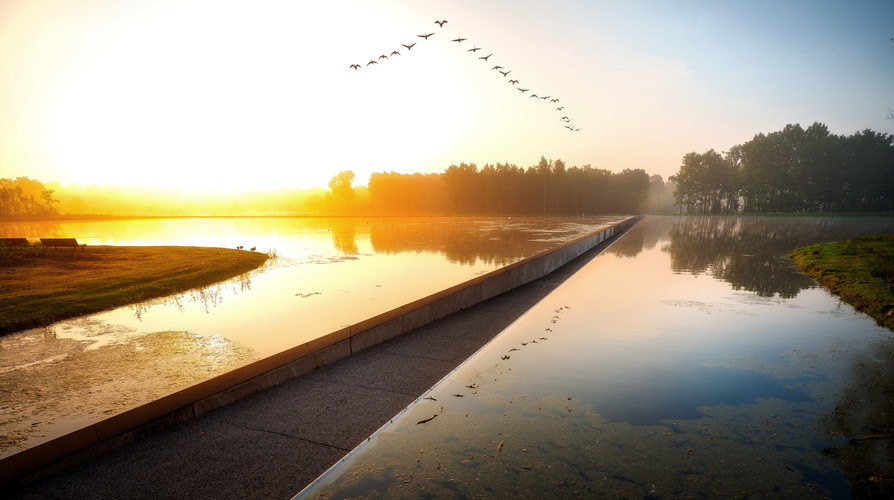 Cycling through the water Bokrijk – Genk