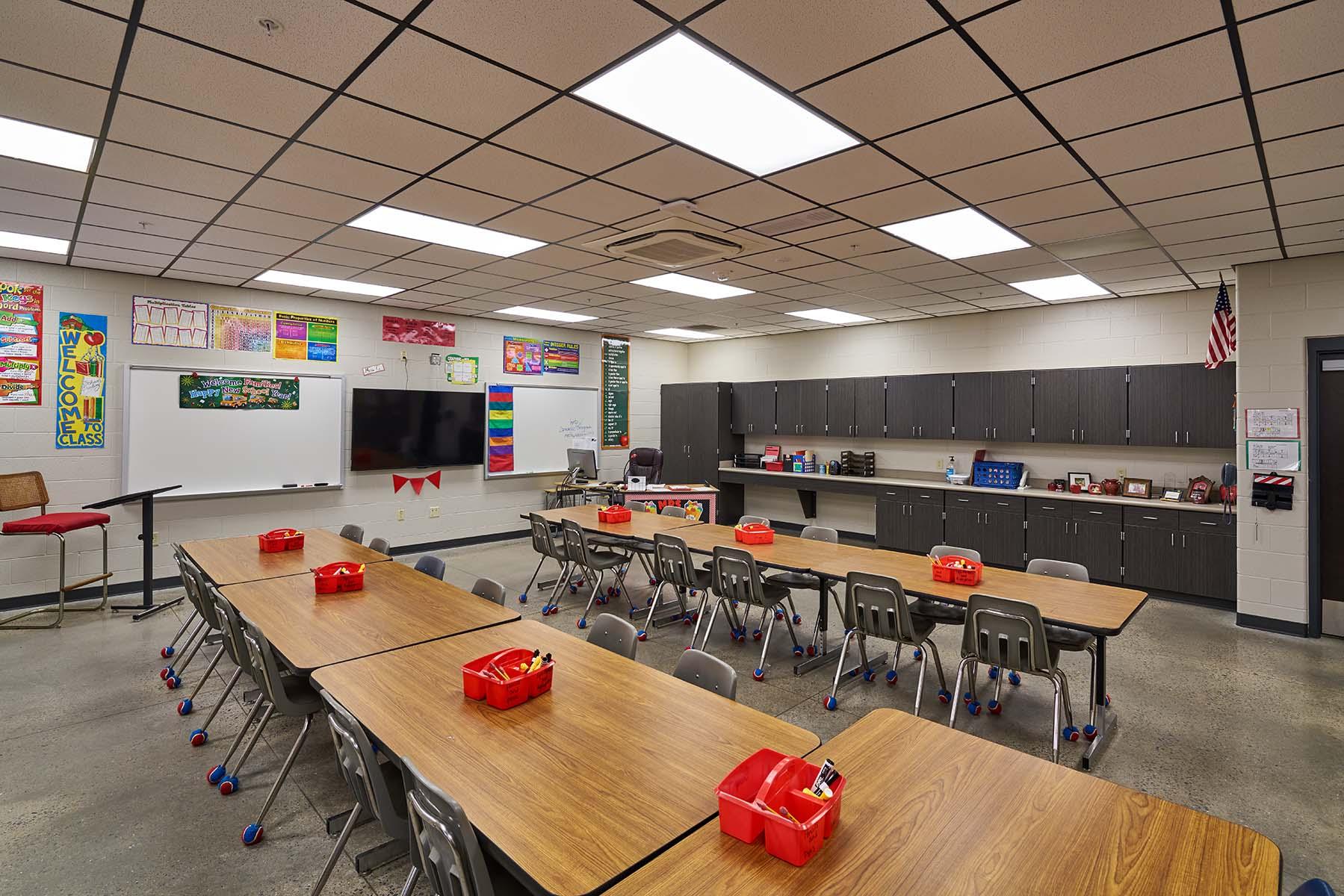 Bauxite Pine Haven Elementaryom 3