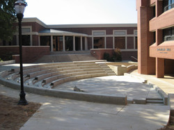 OBU Commons 02 Amphitheater