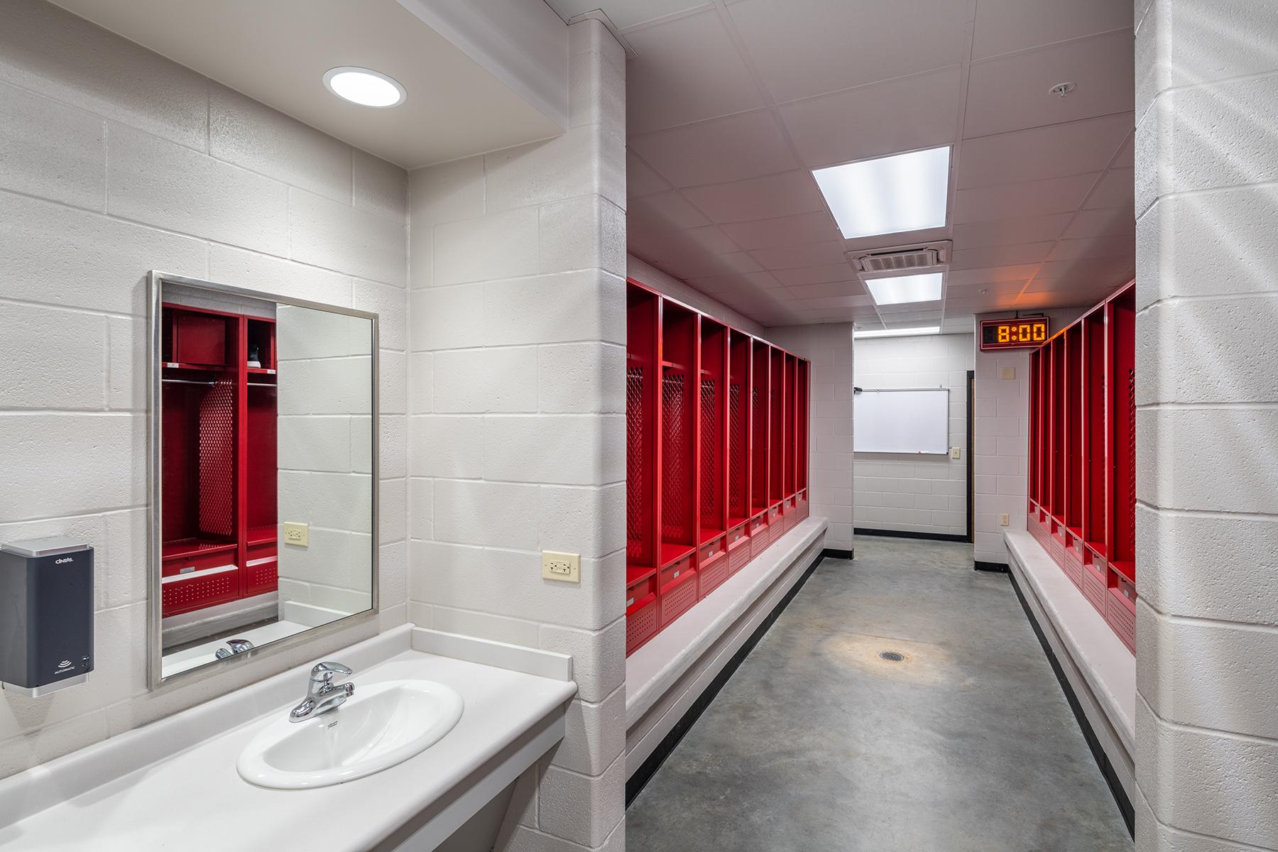 Clarendon-Holly Grove School District Arena – Locker Room