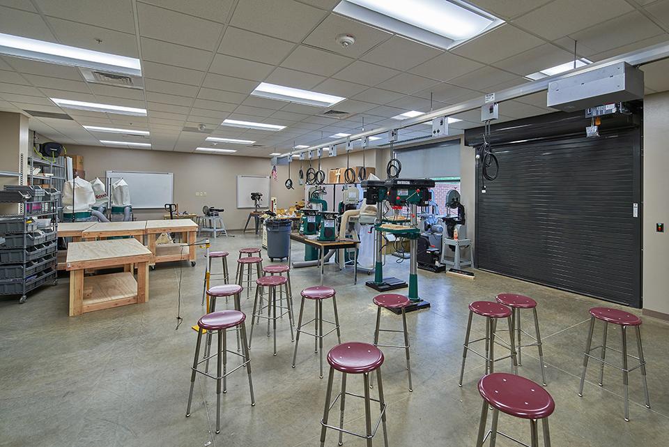 07_Shop Area