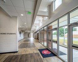 Clarendon-Holly Grove School District Arena – Lobby