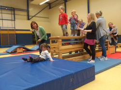 2015-11-17_Eltern-Kind-Tujrnen Dienstag (6).JPG