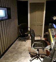 CONTROL ROOM BACK RIGHT.jpg
